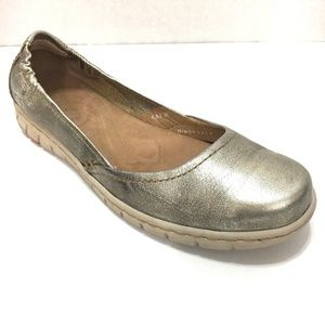 Born Metallic Leather Slip On Flats